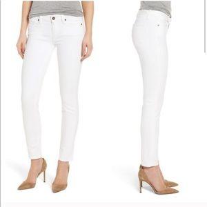 Paige • Peg skinny • white jeans